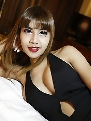 26yo busty Thai newhalf with braces sucks off white tourists cock